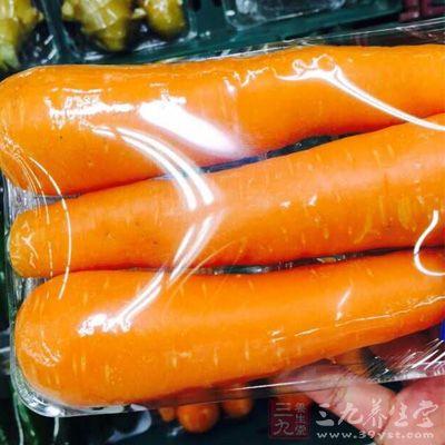 动物肝脏、胡萝卜