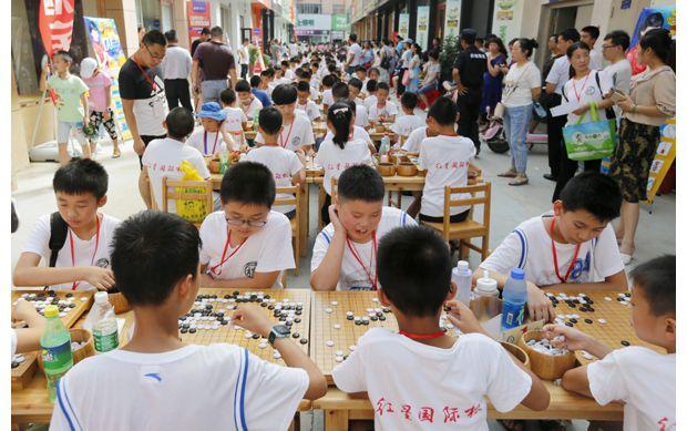 青少年圍棋比賽舉行