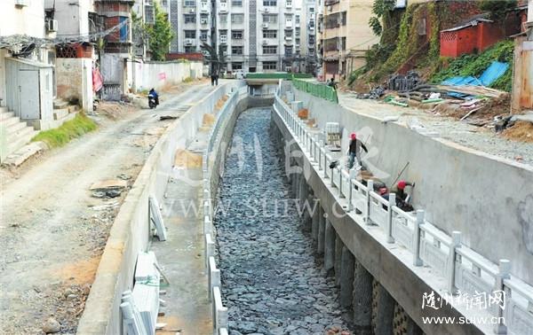 東護城河改造穩步推進
